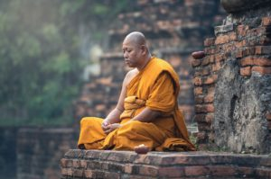 Waarom een zenmonnik zijn hoofd scheert